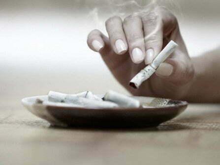 Sigara içenlerin yemesi gerekenler